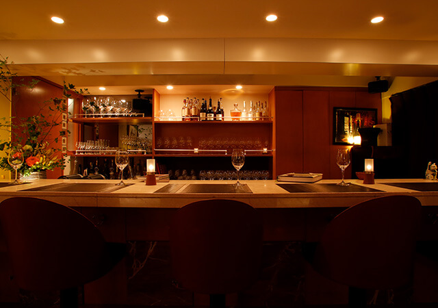 Wine & Dining Bar Celebourg(セレブール)